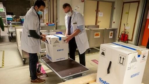 قبل يوم من التطعيم.. بداية توزيع الجرعات الأولى من لقاح كورونا في ولايات ألمانيا