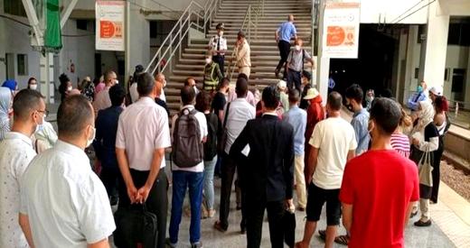 منع برلمانيين من التنقل بمحطة القطار بسبب عدم توفرهم على ورقة التنقل الاستثنائية