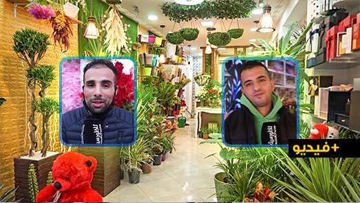 احتفالات رأس السنة.. جائحة كورونا ترخي بظلالها على محلات الورود والحلويات بالناظور