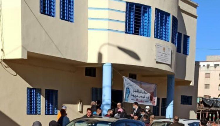 الناظور.. لجنة من وزارة الصحة تحل بمستوصف بني أنصار وتستمع إلى مشتكين