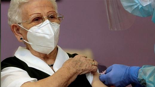 مليلية.. تلقيح 207 أسخاص ضد فيروس كورونا والاستعداد لإستقبال 36 ألف جرعة جديدة