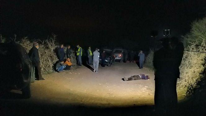 """عصابة تقتل سائق """"طاكسي"""" وتلوذ بالفرار بعد سطوها على سيارته"""