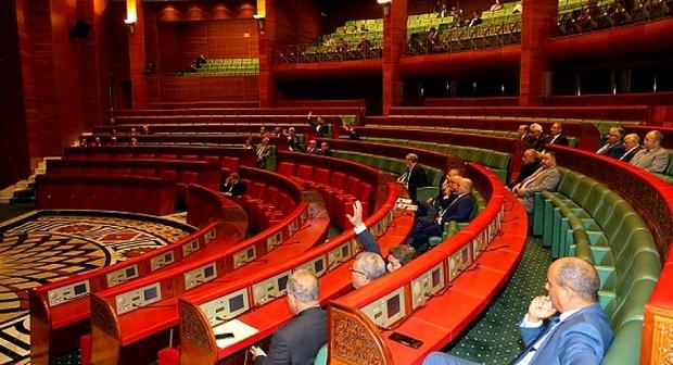 """""""فضيحة"""".. برلمانيون غاضبون من الصيغة المثيرة للجدل لتصفية معاشات مجلس المستشارين"""