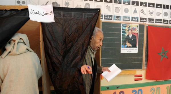 وزارة الداخلية تحارب بارونات الانتخابات وتحدد سقف مصاريف الحملات الانتخابية