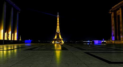 فرنسا تعود لفرض حظر التجول الليلي في جميع أنحاء البلاد لمدة 15 يوما على الأقل