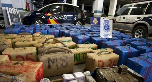 تفكيك أخطر شبكة للتهريب الدولي للمخدرات بإسبانيا واعتقال 45 شخصا ضمنهم مغاربة