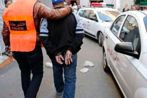 توقيف سارق هاتف ببني أنصار يقود الشرطة إلى مبحوث عنه بموجب 30 مذكرة بحث وطنية