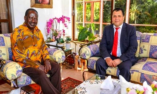 السفير مختار غامبو يقصف البوليساريو وحماتهم الجزائريين من جديد بخصوص النزاع حول قضية الصحراء