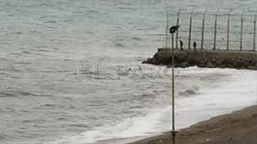 مغربي يحاول الوصول إلى سبتة سباحة وبحوزته كمية من المخدرات