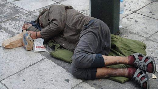 قضية وفاة المشردين المغاربة بأوروبا تصل البرلمان المغربي ومطالب بالتدخل العاجل لإنقاذ أرواحهم