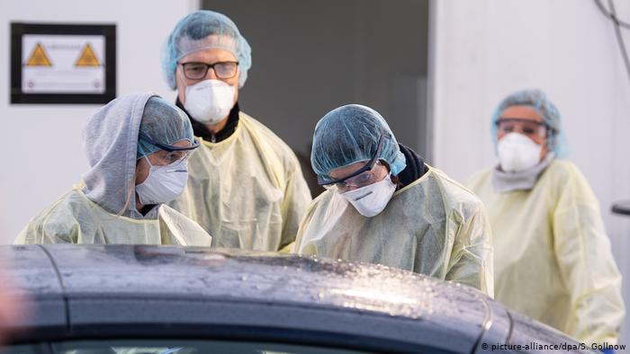 """منظمة الصحة العالمية تزف مفاجأة صادمة للدول الغنية بخصوص لقاح """"كورونا"""""""