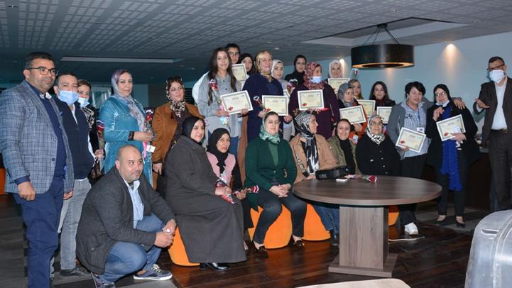 رائدات أعمال ATPE يلتئمن بمقهى الأعمال بمناسبة اليوم العالمي للمرأة