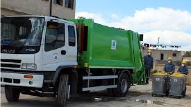 على طريقة محسن فكري.. مصرع عامل نظافة طحنا داخل آلة لعصر النفايات