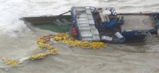 انقاذ طاقم قارب صيد انطلق من الناظور
