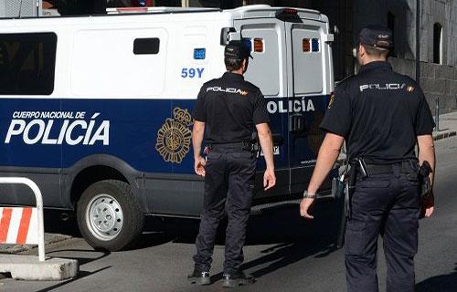 الأمن الإسباني يحرر 15 مهاجرة مغربية من خلية إجرامية كانت تبيع لحومهن