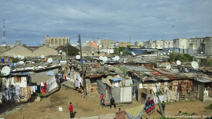 دراسة حديثة: دخل نصف المغاربة لا يتعدى 1200 درهم في الشهر