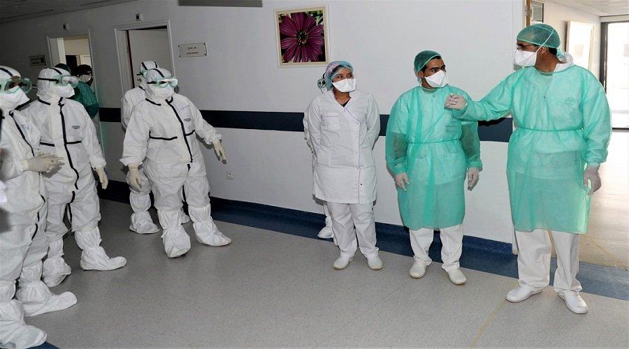 بعد إرتفاع معدل الإصابات.. الأطباء الفرنسيون قد يضطرون لاختيار المرضى الذين يجب علاجهم