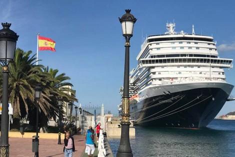 رحلة بحرية استثنائية لإجلاء حوالي 3000 من المواطنين الإسبان العالقين في المغرب