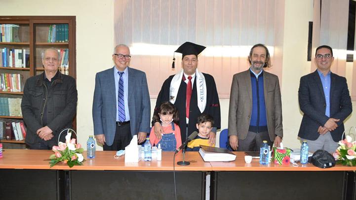 سليل مدينة العروي فريد البديع يحصل على الدكتوراه بميزة مشرف جدا مع التوصية بالنشر