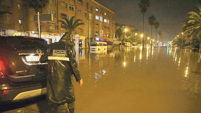 أمطار رعدية قوية اليوم الخميس وغدا الجمعة بعدد من الأقاليم