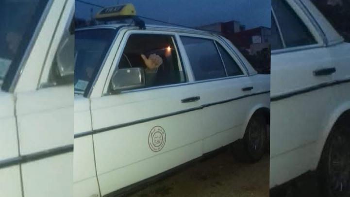 ظاهرة سرقة السيارات متواصلة.. الاستيلاء على سيارة أجرة في واضحة النهار ببني انصار