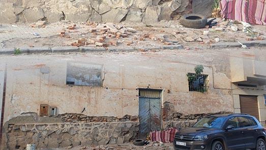 هل سيتدخل رئيس جماعة سلوان لحماية المواطنين من خطر بناية آيلة للسقوط؟