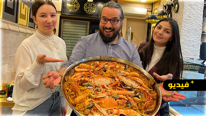 فلوجر ناظورية تشارك فطور رمضان مع متابعيها من أفضل مطاعم المدينة