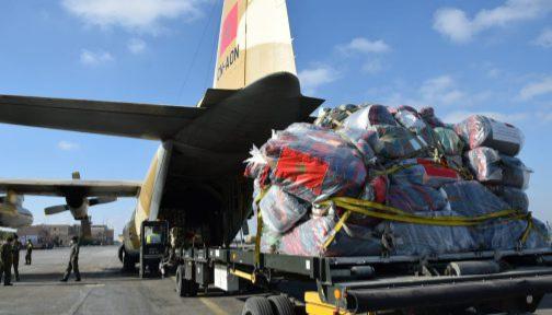 وصول طائرتين  مغربيتين تحملان مساعدات عاجلة للفلسطينيين الى القاهرة