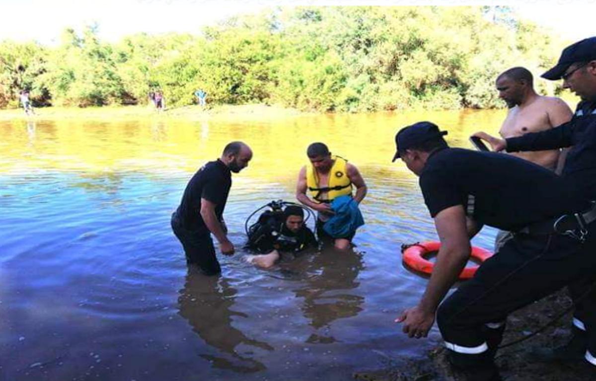 انتشال جثة تلميذ لقي مصرعه غرقا أثناء السباحة في واد