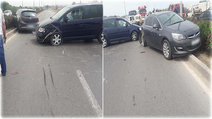 اصطدام ثلاث سيارات في حادثة سير على الطريق الرابطة بين الناظور وسلوان