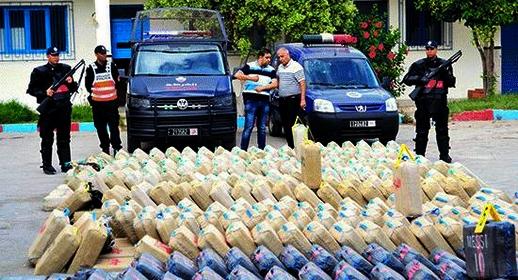 ضربة أمنية جديدة.. الشرطة القضائية تحجز كمية مهمة من المخدرات وتحجز 13 سيارة ببني شيكر