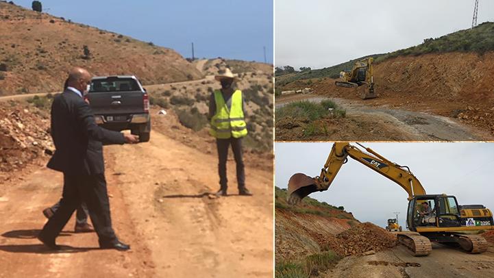 عامل إقليم الدريوش يتفقد أشغال تهيئة الطريق الرابطة بين دار الكبداني والساحلي عبر منطقة الشعابي