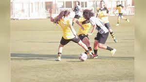 ابتزاز اللاعبات يقود جامعة كرة القدم لتوقيف مسؤولين مدى الحياة