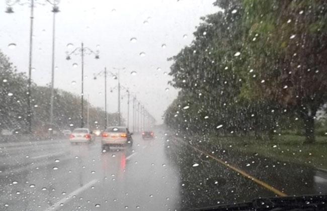 طقس اليوم الأربعاء.. زخات مطرية رعدية بالريف والشرق