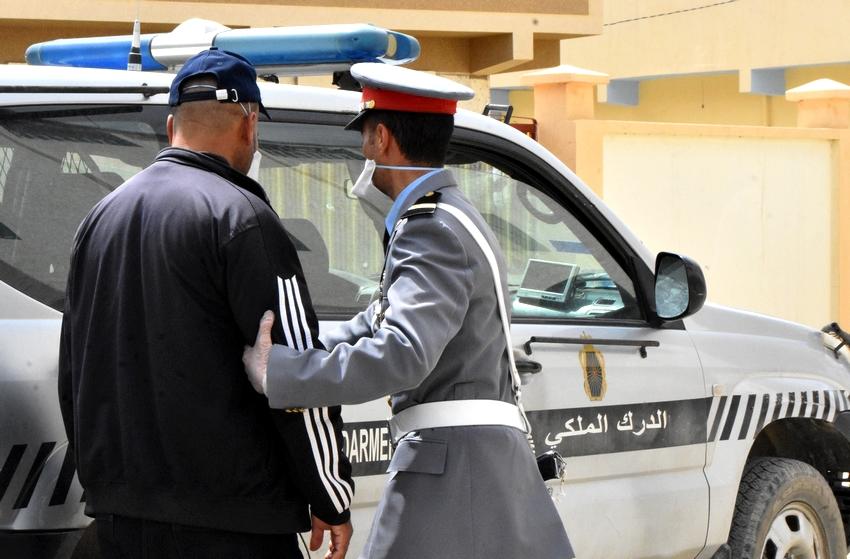 توقيف رئيس سرية الدرك الملكي برأس الماء متلبسا بتسهيل أنشطة شبكات التهريب الدولي للمخدرات