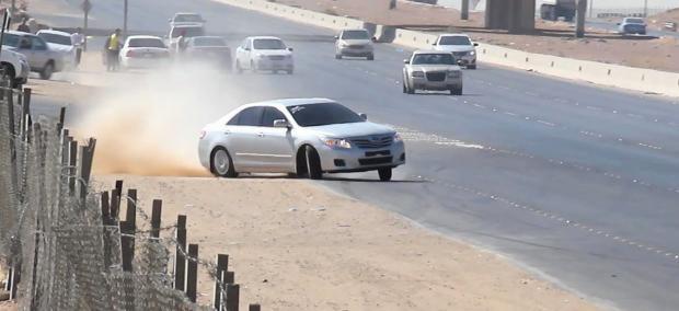 حجز 33 سيارة بسبب السياقة بطريقة استعراضية وخطيرة