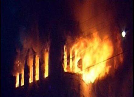 النار تفحم أجساد العشرات من المصابين بكورونا