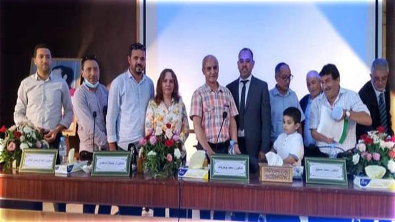 التهيئة السياحية والتنمية المستدامة بإقليم الحسيمة تمنح ابن الريف جمال البوزياني شهادة الدكتوراه