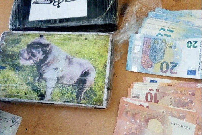 """إحباط عملية إدخال كمية كبيرة من """"الكوكايين"""" على متن شاحنة قادمة من إسبانيا"""