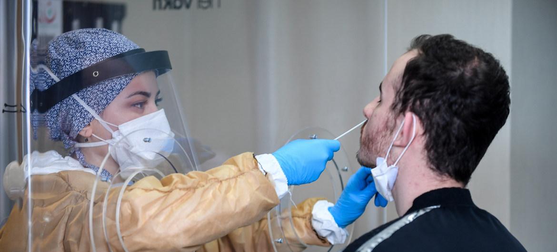 دراسة.. المصابون السابقون بكوفيد أكثر عرضة لخطر الإصابة مجددا
