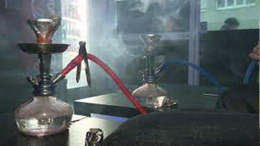 مقاهي الشيشا بالناظور وبني أنصار ترفع عدد حالات الإصابة بفيروس كورونا والسلطات مطالبة بالتدخل