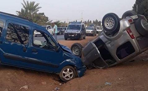 جرحى وخسائر جسيمة اثر حادثة سير بين أركمان والناظور