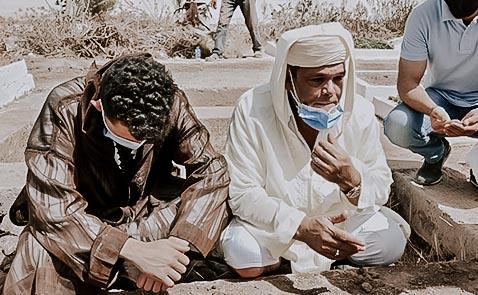 شاهدوا.. جنازة مهيبة لوالدة رجل الأعمال والجمعوي الناظوري أحمد محاش