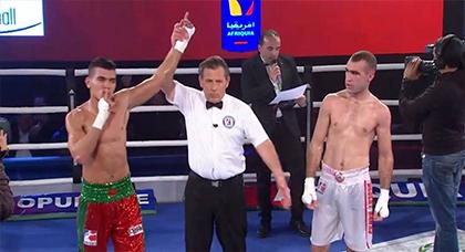 الملاكم الناظوري أبو حمادة يحرز ورقة التأهل إلى بطولة العالم بعد نيله ذهبية منافسات أفريقيا