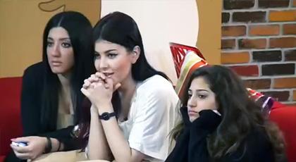 """حنان لخضر وسكينة يغنيان """"صوت الحسن ينادي"""" في ستار أكاديمي احتفالا بالمسيرة الخضراء"""