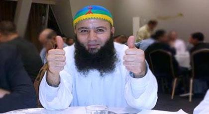 صحيفة بلجيكية: السلطات تعرف أن الداعية طارق بنعلي معتدل وخطبه غير مؤذية وهو ورجل نكتة