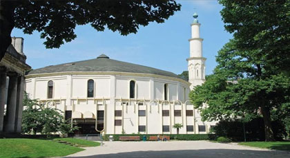 برلمانية تدعو إلى إلغاء إشراف السعودية على أكبر مسجد ببروكسل من أجل تجفيف منابع التطرف