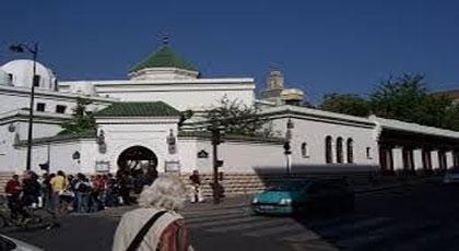 فرنسا تغلق 3 مساجد في إطار التصدي للأفكار المتطرفة