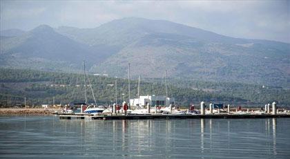 """بحيرة """"مارتشيكا"""".. قبلة رئيسية لصناعة السياحة في المغرب"""