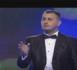"""الكوميدي الساخر علاء بن حدو يبدع في """"سكيتش"""" جديد على القناة الأمازيغية"""